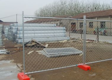Easily Assembled Portable Chain Link Fence With Low Carbon Steel Wire Material
